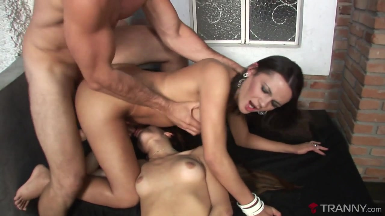 Kelly Ohana & Sabrina Leol & Paulo Marks in Tranny Threeway With Hardcore DP - Tranny sleeping fuck porn movies