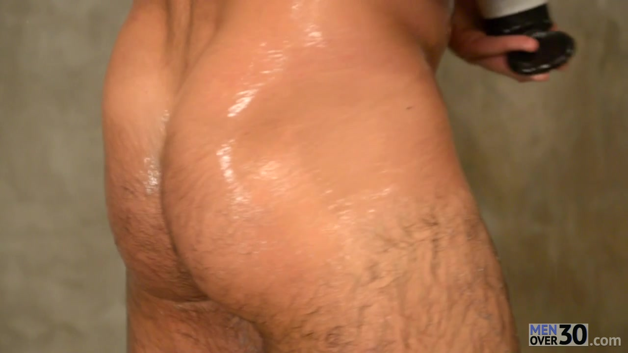 MenOver30 Video: The Man In The Mirror black dick gay hot