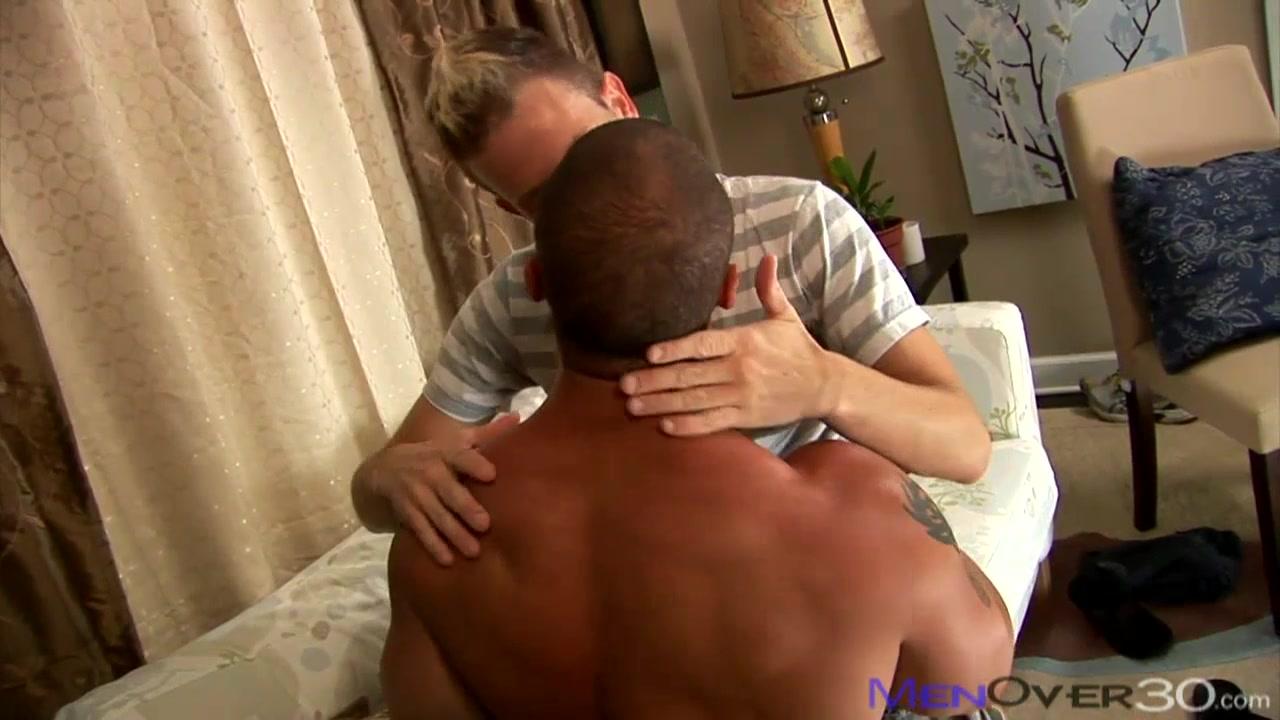 MenOver30 Video: Star Struck deep throat queen swallows huge comp 3