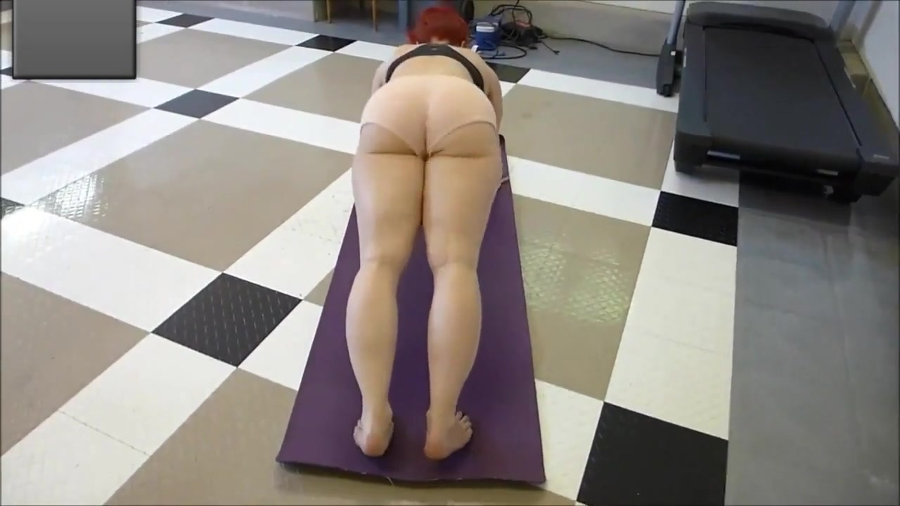 PAWG MILF Practicing Flying Lizard tiny blonde takes monster cocks balls deep