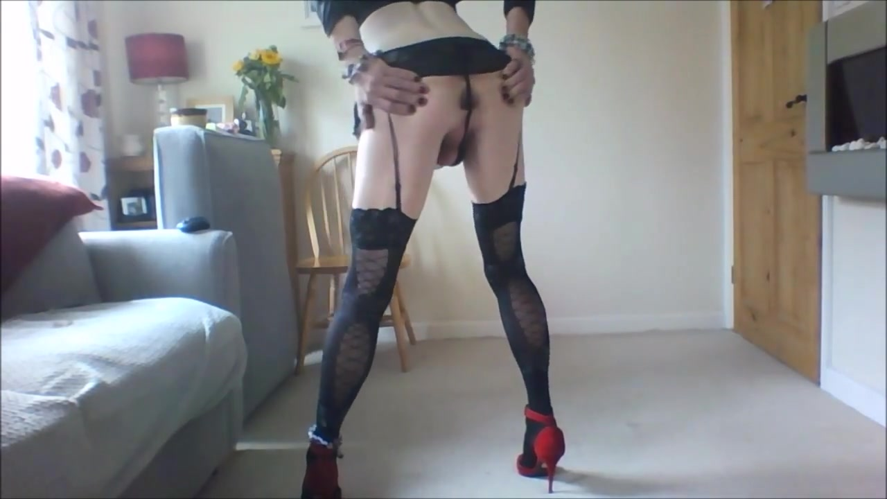 Supenders stockings heels and cock mmmmmmm Adult tube deep knotting