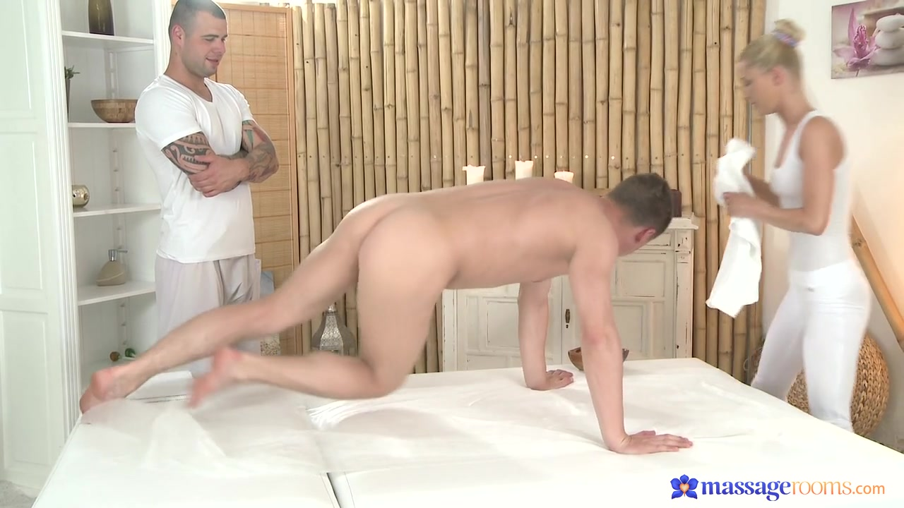 Martin & Steve & Uma in Uma On Martin And Steve - MassageRooms mom s milky boob