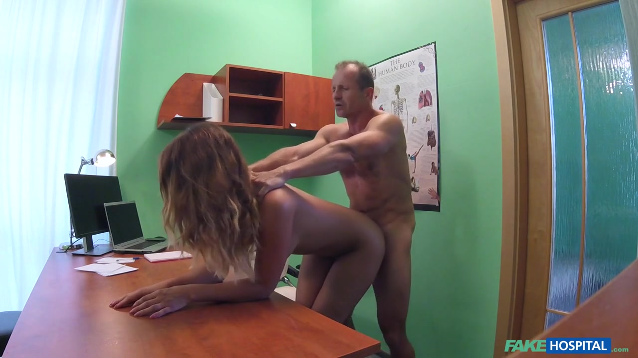 Nicole Vice in Doctor Fucks Minx in Job Interview - FakeHospital u tube farm girls