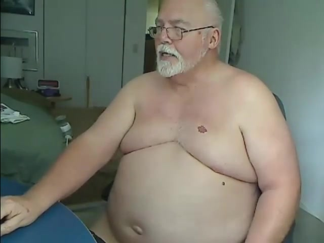 Paul on Cam girls in sexy leotards pictures