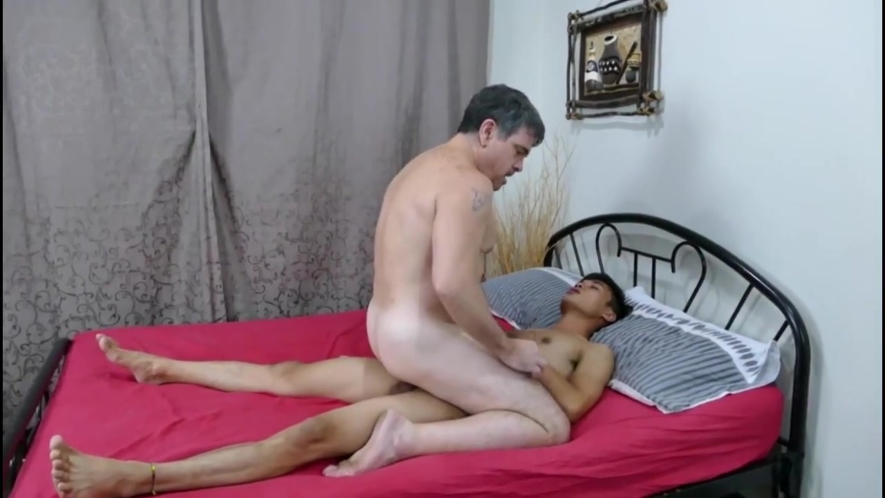 Asian daddy gets his boy Cute brunette with nice boobs