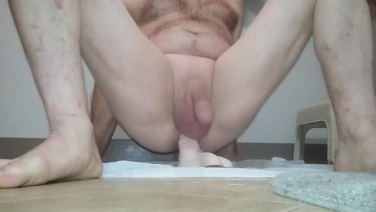 Nakedguy shows hd close up insertion Exotic homemade Foot Fetish Fingering porn movie