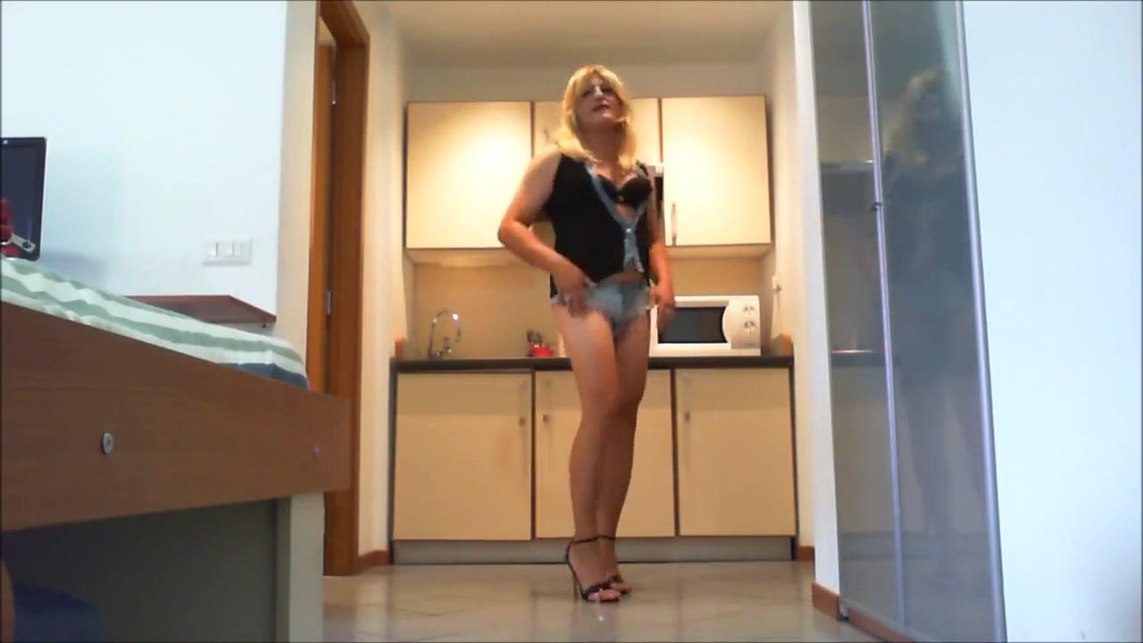 Asija robin in: la pornocasalinga Naked big butt woman selfies