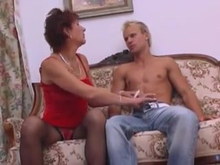 Some ones granny 1 Mature shaved shower