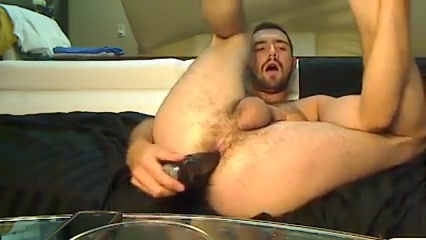Izzy puts on a show Pics to wank to