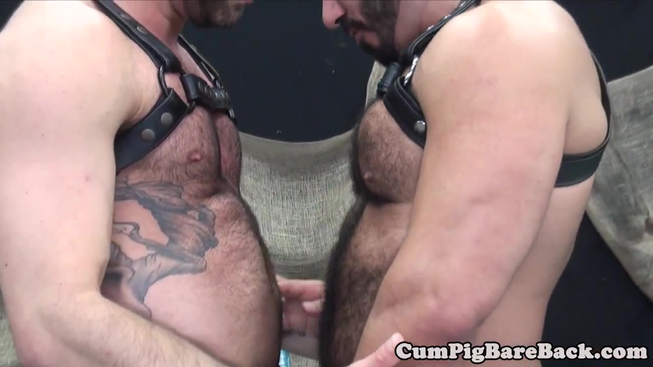 Dilf toying bears ass before barebacking the queen of fighters xxx free download