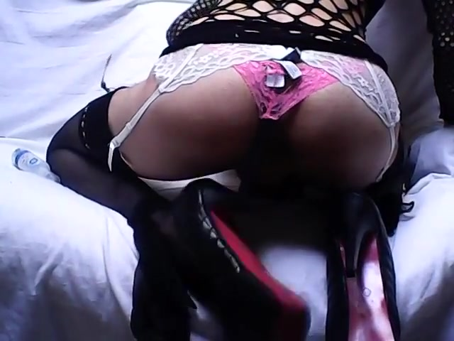 Robe resille noire sur heels pink black 2015 I need a lover tonight