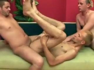 Blond fucker enjoys having his tight asshole free sex home vids