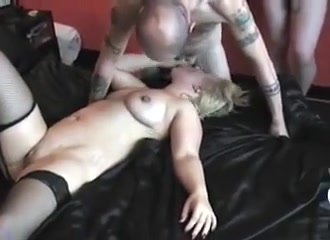 Threesome sexy girl body massage