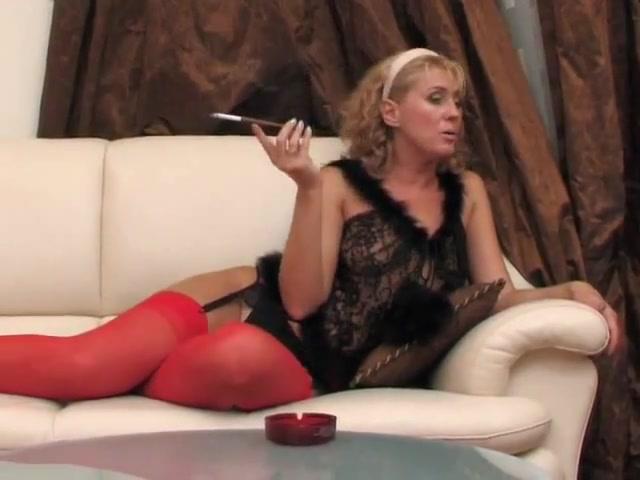 Mature Beauty ff nylon stockings porn videos