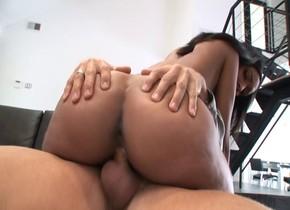 Fabulous pornstar Isabella Pena in crazy cunnilingus, hd xxx video Vintage interracial threesomes porn