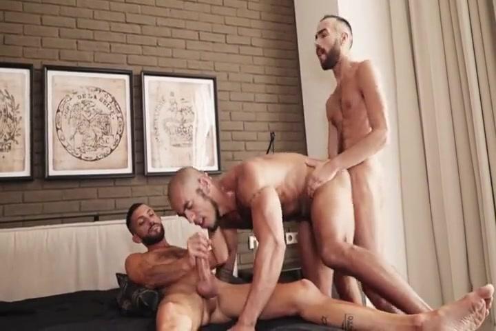 Gay Porn ( New Venyveras ) 26 Fat pussy women fucking
