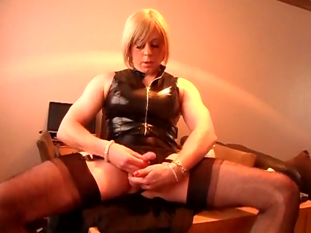 Crossdresser craves a real cock Group Three Way Porn Free