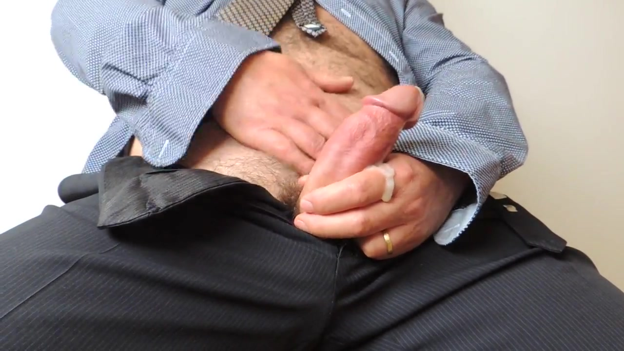 Mature Hairy Wanking Cumshot at Work Reality tv show