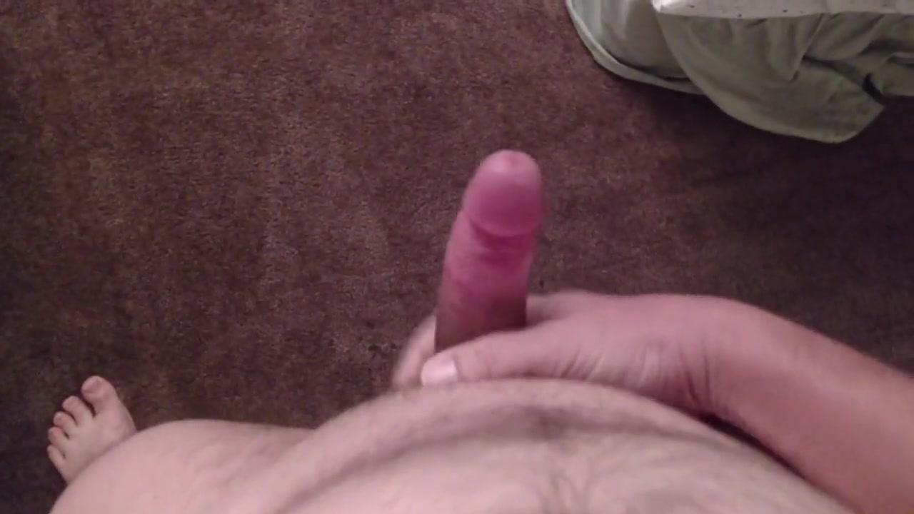 Pissing All Over Thick hairy pussy pictures