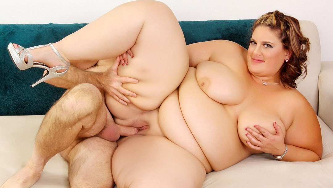 Fat beast fucks cute fantasy beauty