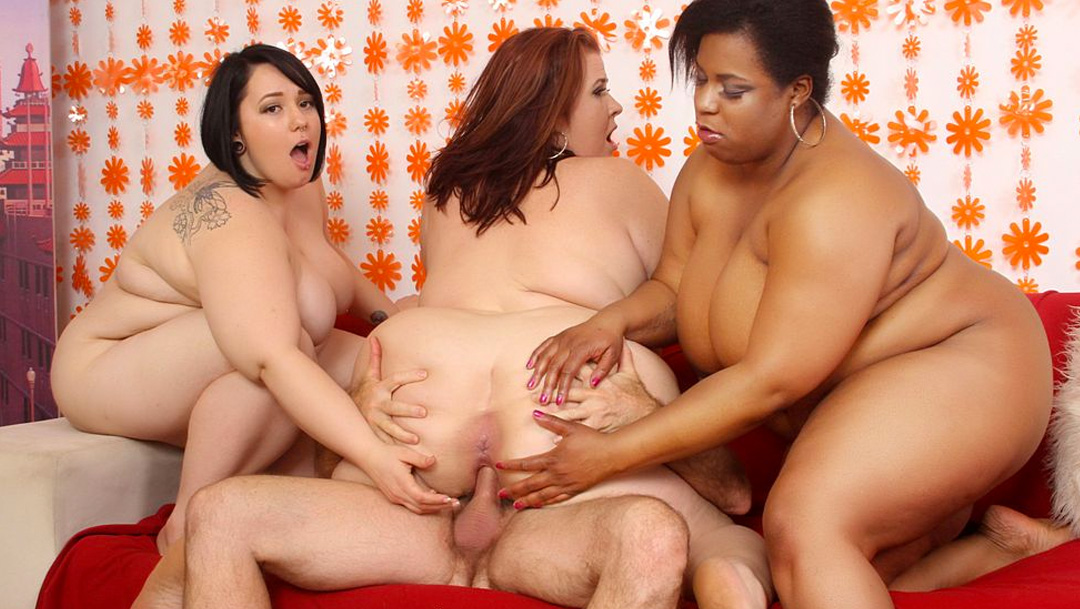 Alexxxis Allure & Erin Green & Lady Lynn & Marlise Morgan in 4 Horny Bbw Fucking A Lucky Man - JeffsModels huge hung gay dick