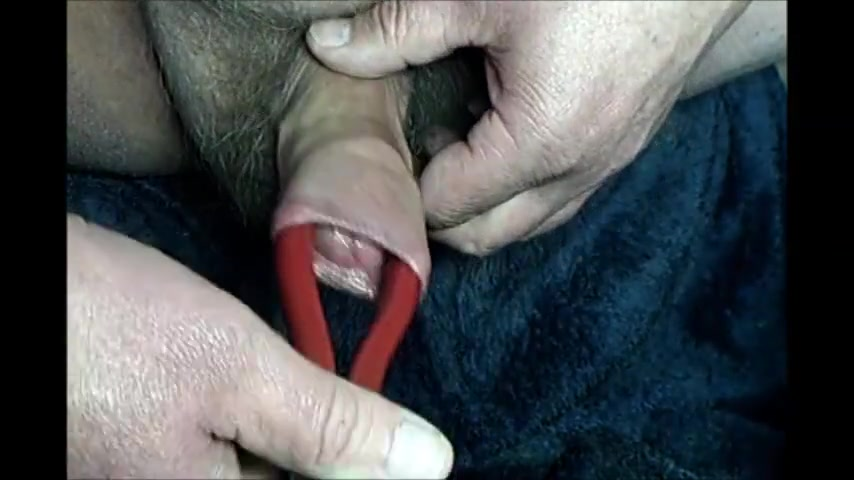 Foreskin with pliers Hitman 2 psp