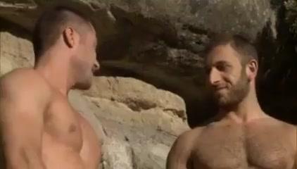 Christian herzog se va de escalada y acaba todo en follada Ann sandy lesbian pool