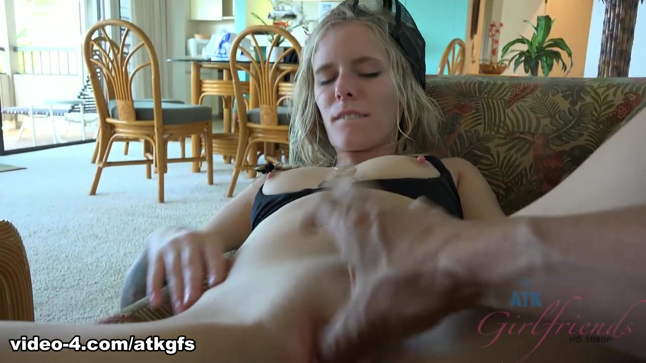 Elaina Raye in Virtual Vacation Movie - ATKGirlfriends Vintage cuties