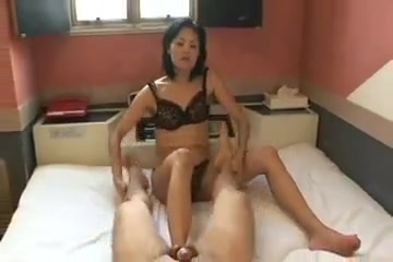Japanese video 397 who wife Asian Girl Looking