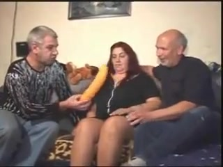 Amateur german granny amuertur ebony sex on couch