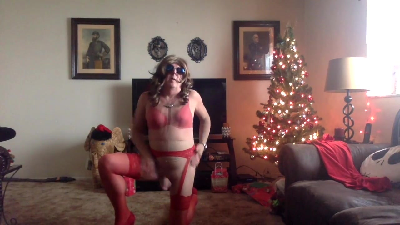 Pantyhose slut for santa Craigslist baltimore personals missed connections