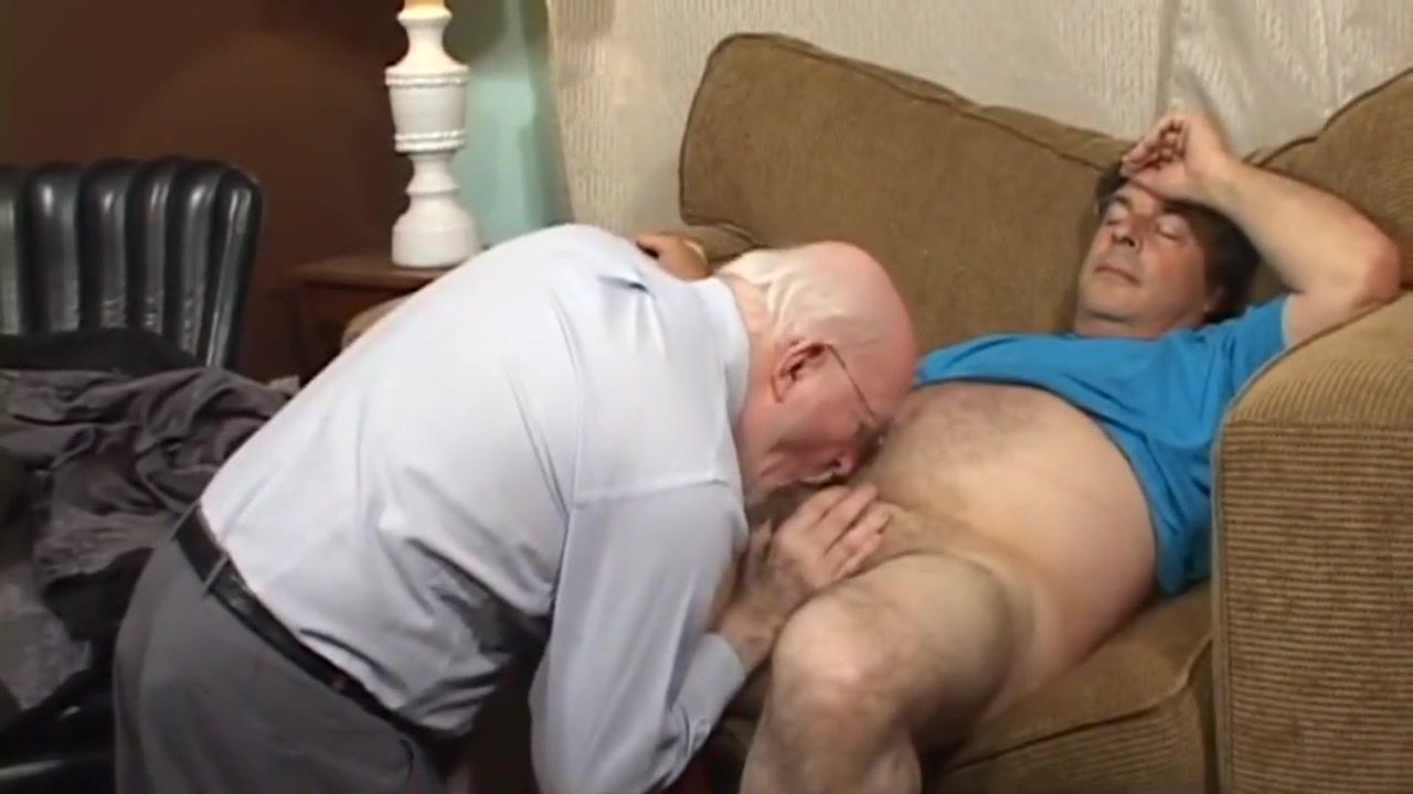 Gay Porn ( New Venyveras ) 61 amateur bdsm cock sucking tpg