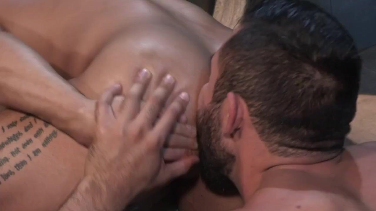 Gay Porn ( New Venyveras ) 9 Amateur hermaphodite xxx