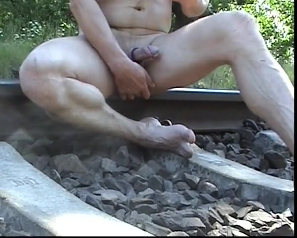Humping the rail track Big Boobs Squirting Porn