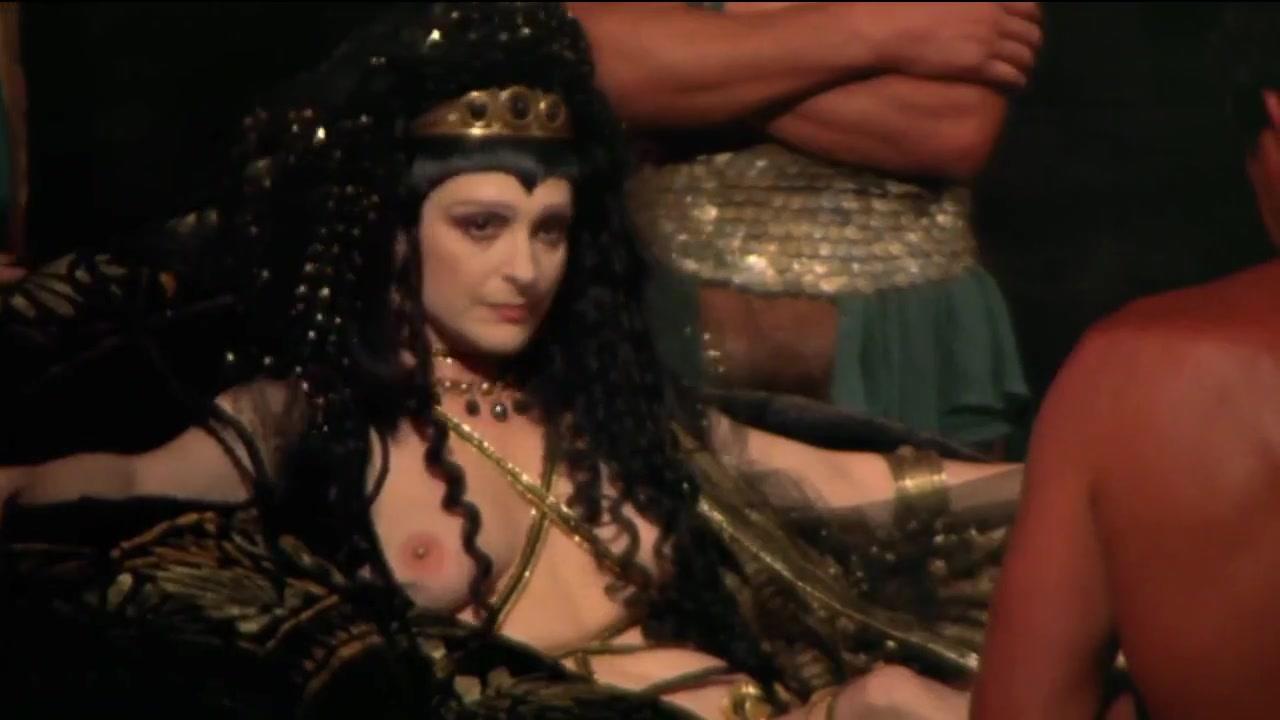 Caligula (1979) Richa hot boobs