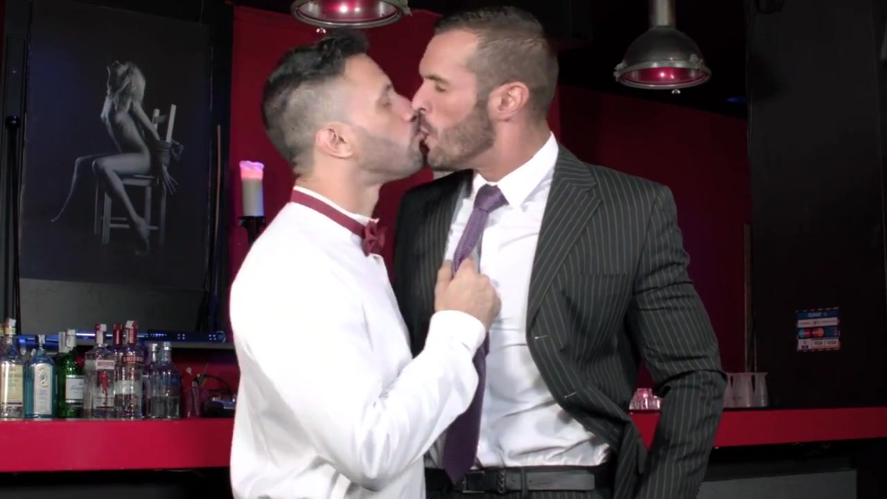 Gay Porn ( New venyverastres ) 36 Findarab Handjob