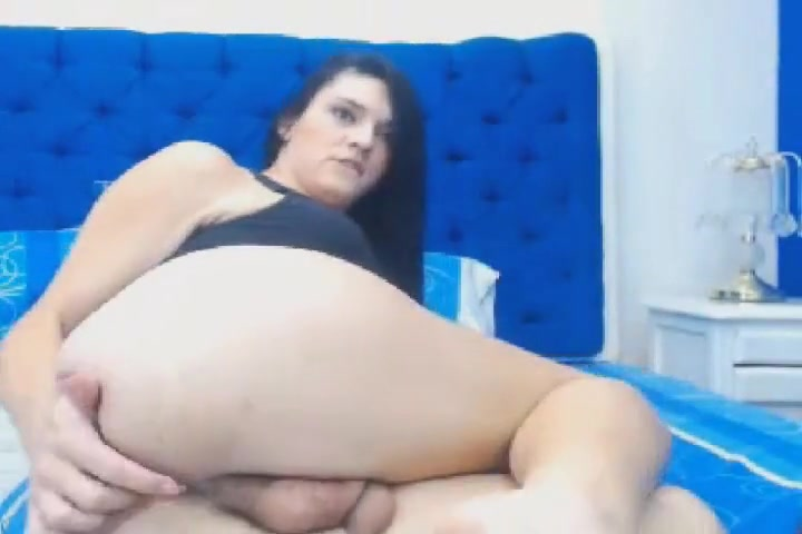 Horny Tranny Finger Fuck her Tight Ass Nude milf brown
