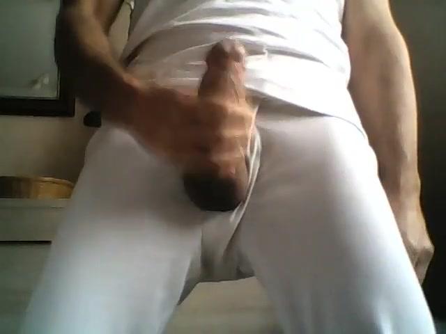 Masturbation d une grosse bite Nipple out