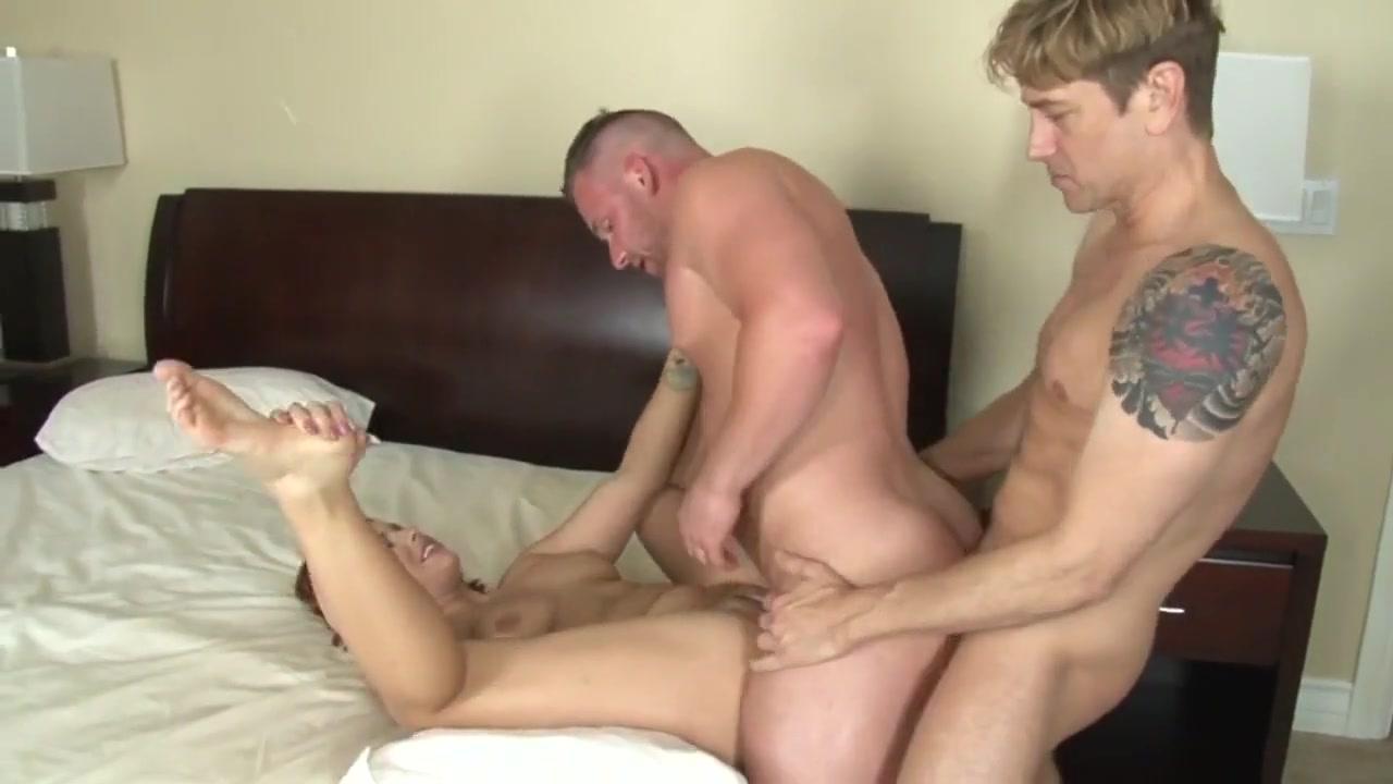 DF Gay Porn ( New venyverastres ) 2 Swinging wife ass fucking