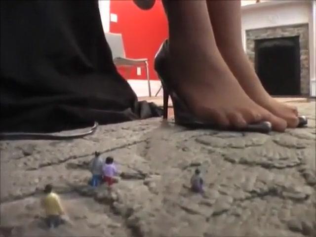 feet brunette pam grier naked video