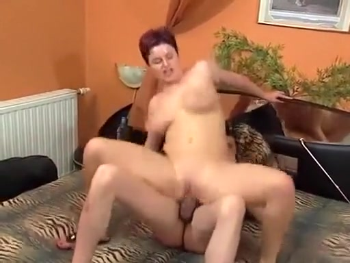 Busty mom moveth with a friend Pick up girls las vegas