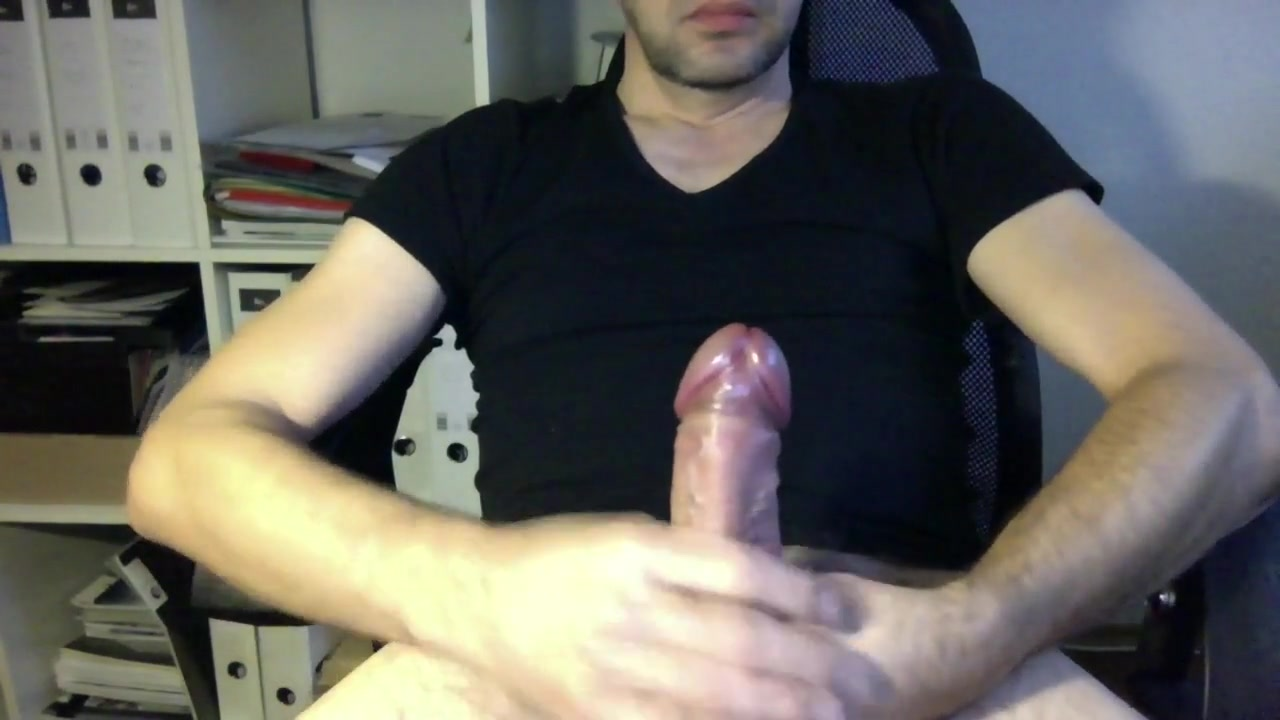 Webcam Nice Big Cock - Uncut Looking for big breast today in Jose Batlle y Ordonez
