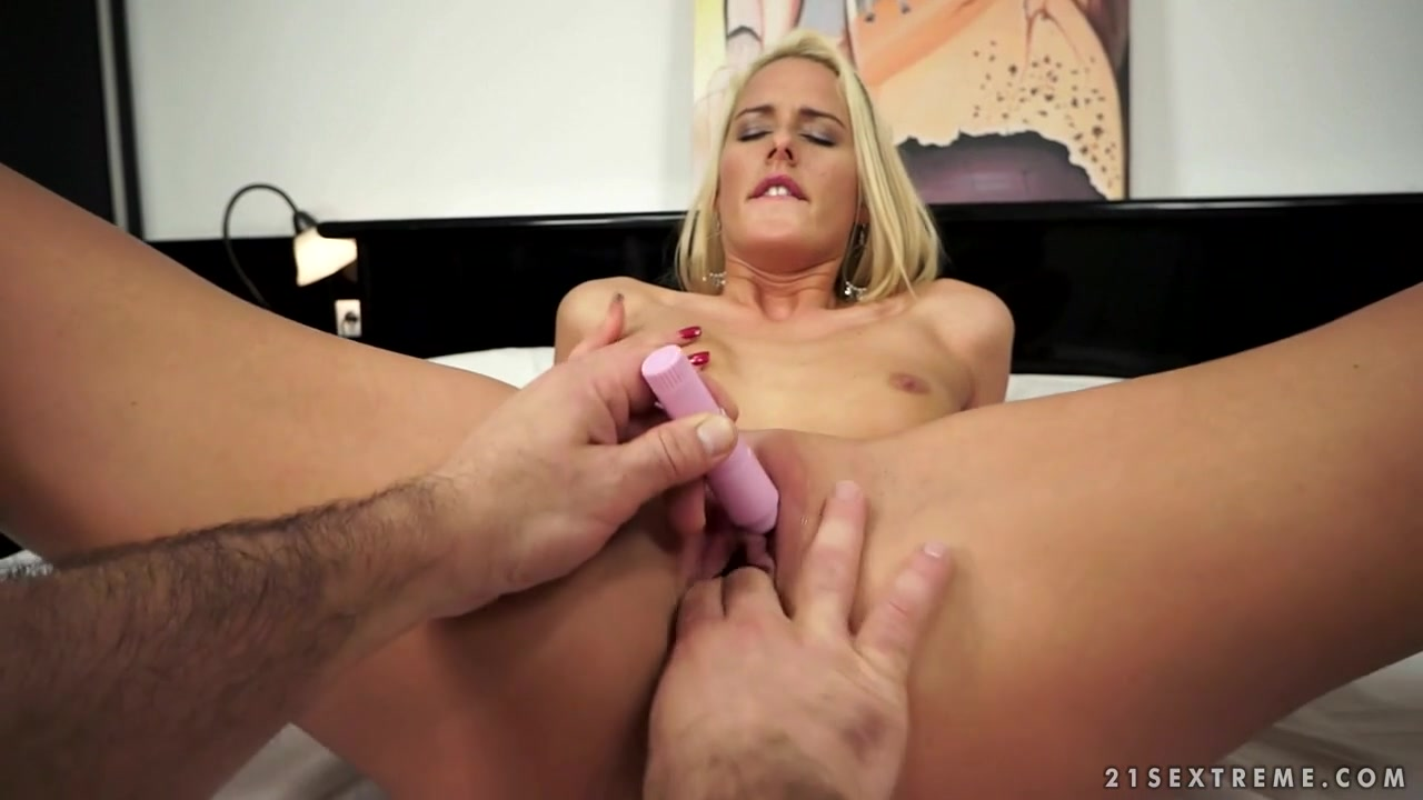 21Sextreme Video: Chelseys Private Lover