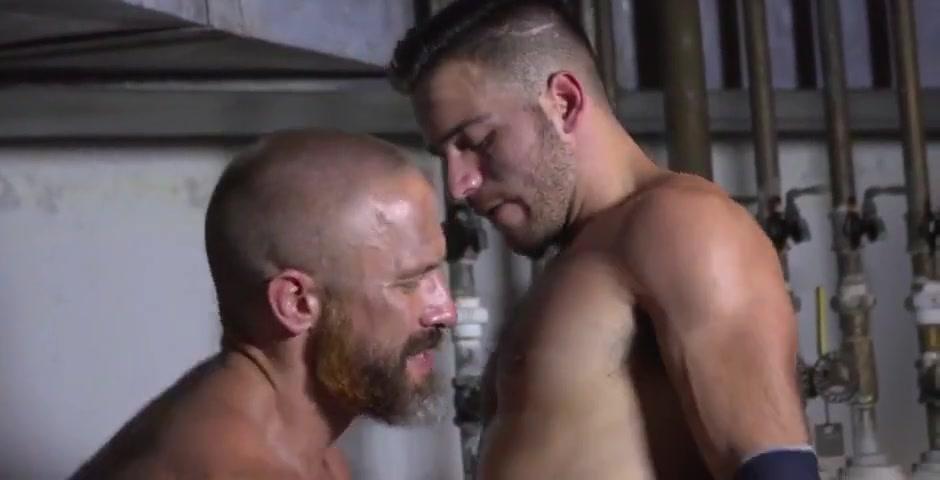 Best gay video with Hunks, Sex scenes Massage mature women sex video