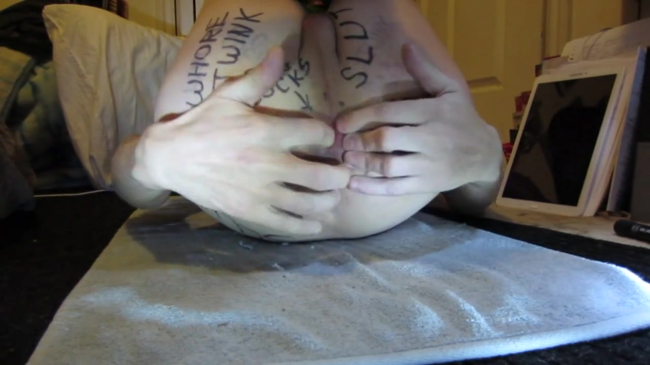 Fuck me now bitch Hunk charms babe with his errotic twat licking