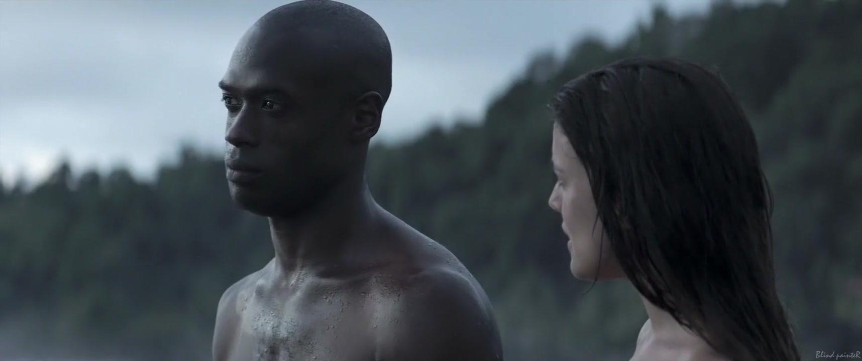 Palmeras en la nieve (2015) Adriana Ugarte Skinny babe and busty milf lesbian sex