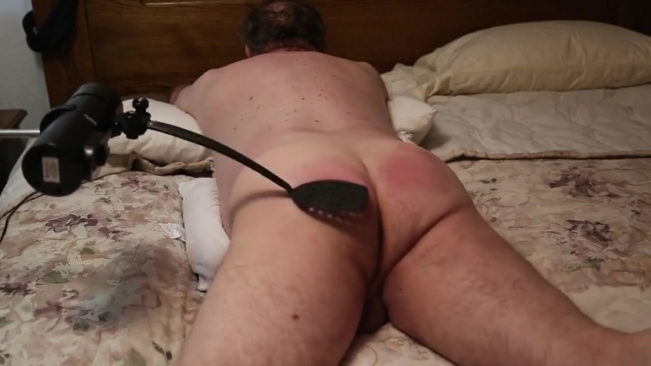 Me getting a good ass warming from my spanker robot. Body language differences between male and female