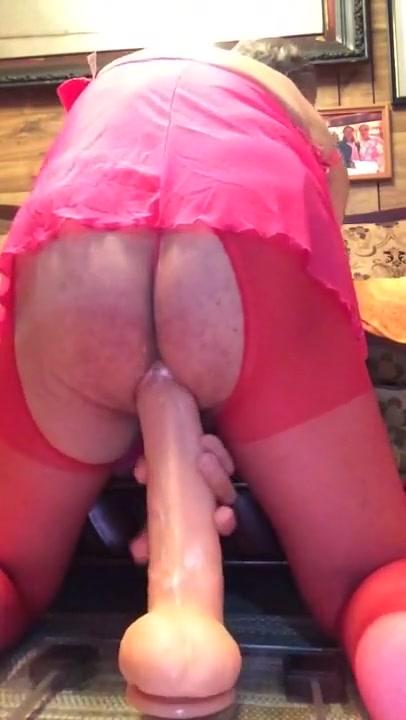 Gran dildo hot girl gets naked video