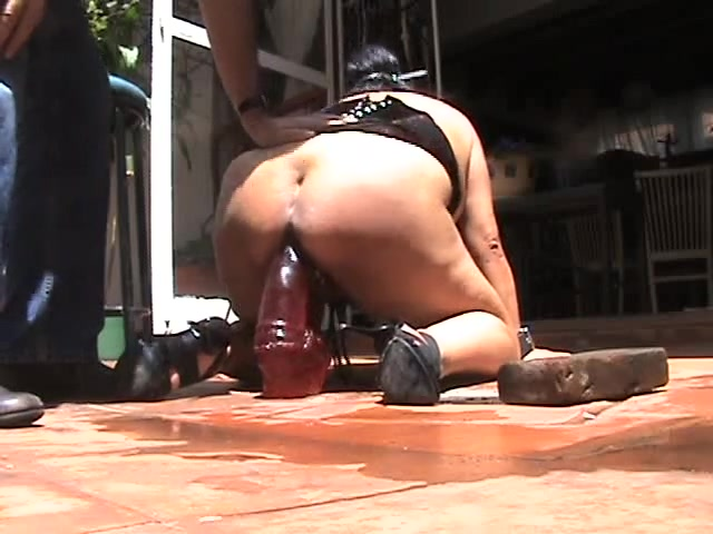 The serf putavulgar likes this II Big black cock black girl