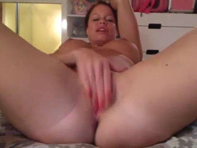 Nikki Striptease Fur fetish tgp